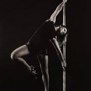 Pole Dance Free Style